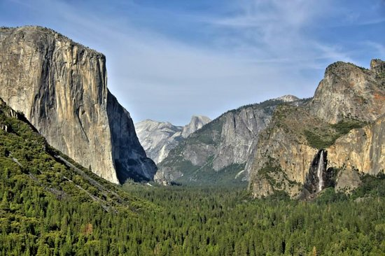 Yosemite West High Sierra Bed and Breakfast : tunnel view