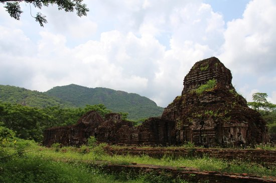 Vinh Hung 2 City Hotel : My Son Temple Ruins