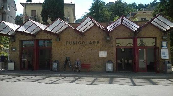 Duomo di Orvieto: Funicolare