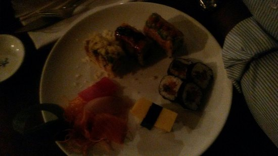 Craving Sushi Restaurant: Sushi mix