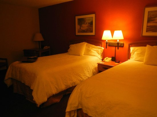 Meadowlands River Inn: Comfortable beds