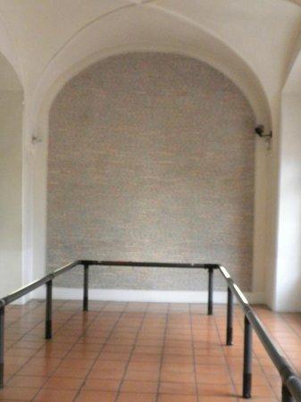 Pinkas Synagogue, Jewish Museum in Prague: Pinkas Synagogue & Cemetery