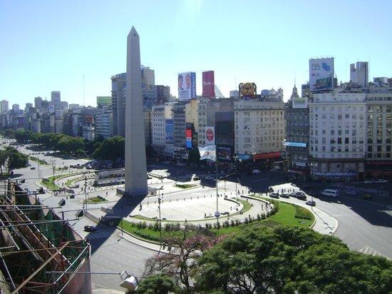 Bristol Hotel Buenos Aires: Vista do quarto 804