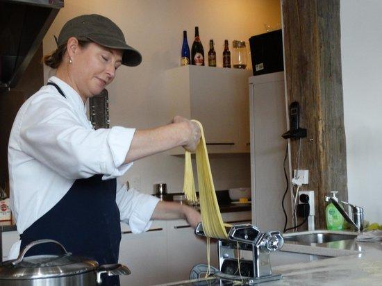 The Akaroa Cooking School : making pasta
