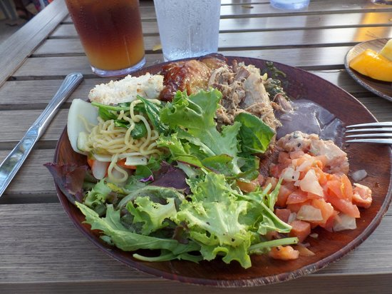 Drums of the Pacific Lu'au : Big plate of food!