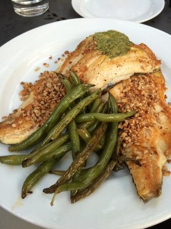 Wahoo! A Decatur Grill: Georgia Trout