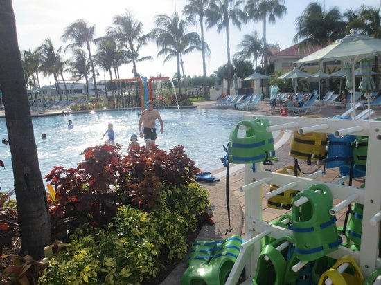 Atlantis - Harborside Resort: life jackets provided