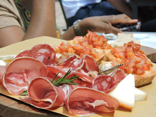 Tuscan Wine Tours by Grape Tours : One course of lunch