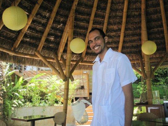 Isla Palenque: Benny! TripAdvisor Rock Star!