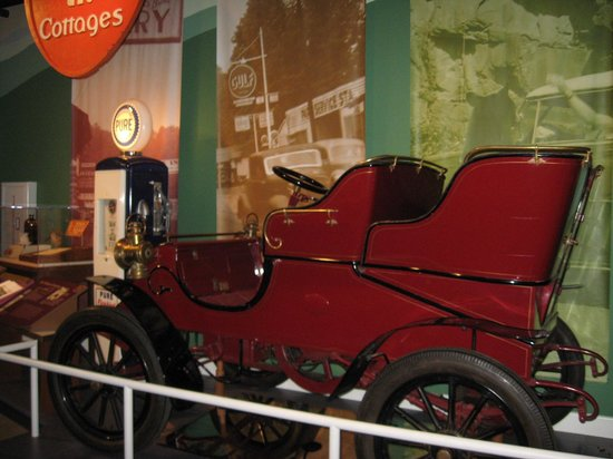 East Tennessee History Center: Tourism comes to the area