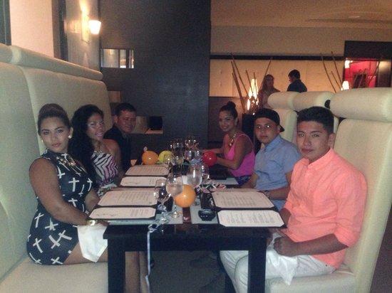 Noche de Celebración en excellence playa mujeres cancun 2014 muchas gracias a todos la pasamos d