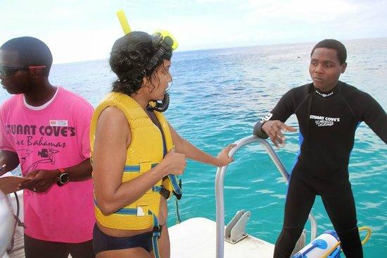 Stuart Cove's Dive Bahamas: 3
