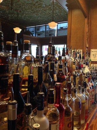 Natali's Front Bar
