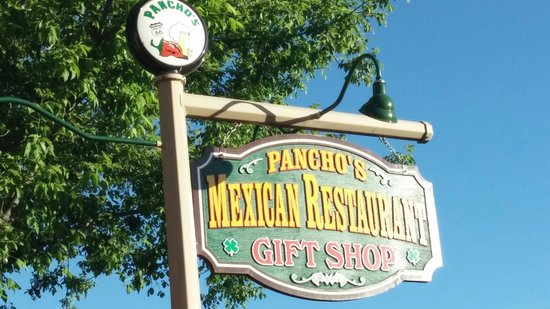 Pancho Mcgillicuddy's: Great food with live music
