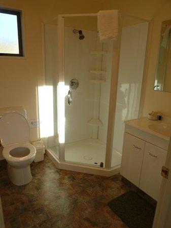 Portobello Motel: Bathroom