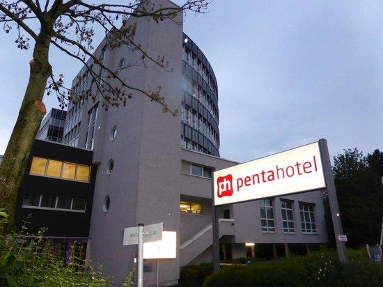 pentahotel Wiesbaden: Hotel