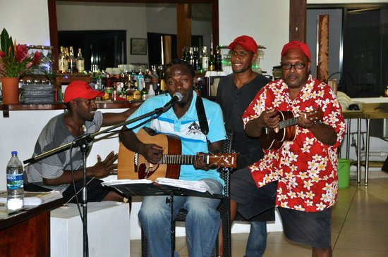 Village de Santo Resort: The band