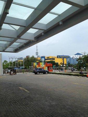 HARRIS Hotel Batam Center: View from Hotel