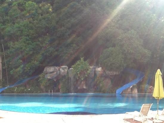 Aseania Resort & Spa Langkawi Island: swimming pool and waterslides
