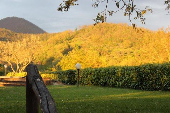 Agriturismo Il Poggio alle Ville: early evening sunset April