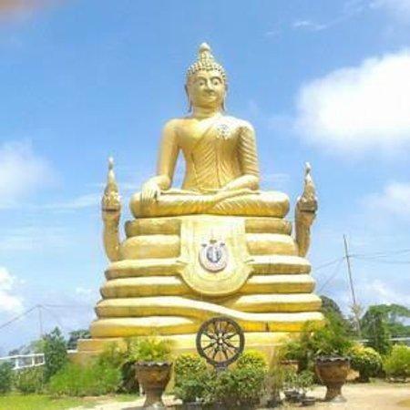 Phuket Big Buddha: Golden Buddha Statue