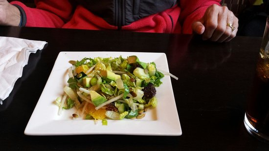 Artisan Pizza: Salad