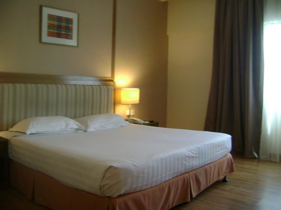 Crystal Crown Hotel Kuala Lumpur: Superior King Bed Room