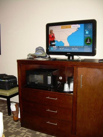 Holiday Inn Express & Suites Atlanta Airport West - Camp Creek : TV worked fine
