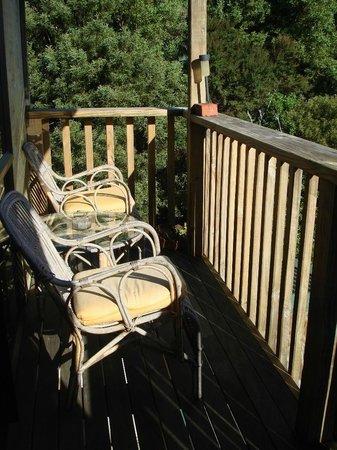 Manuka Lodge: Sunny balcony