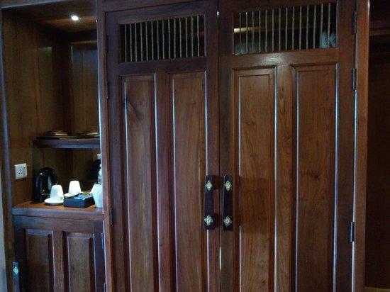 Empress Angkor Resort & Spa: In Room Facilities