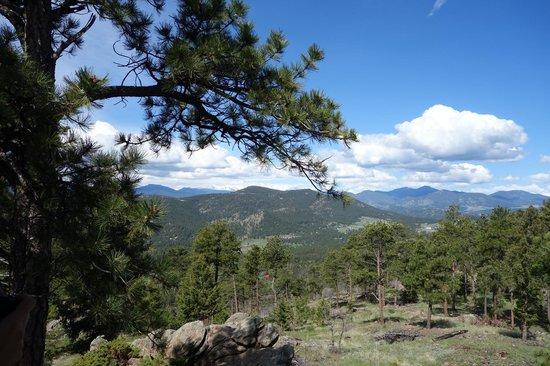Mount Falcon Park: Mountains to the southwest (I think)