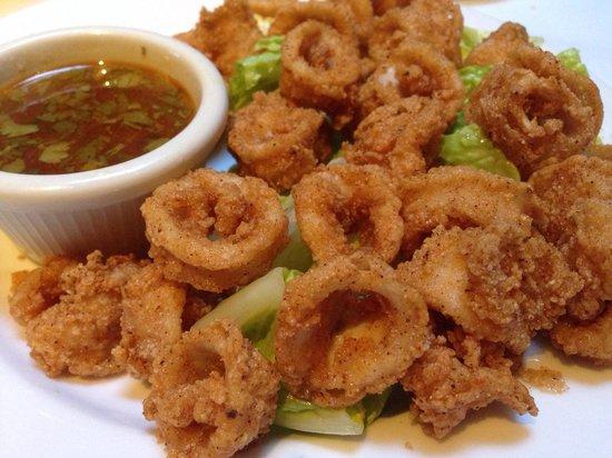 Tarpy's Roadhouse: Calamari appetizer