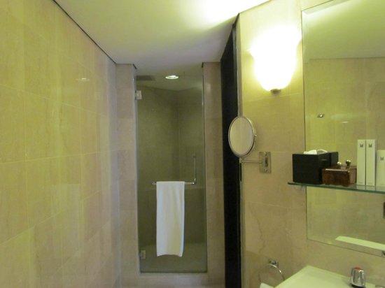 Grand Millennium Kuala Lumpur : Bathroom