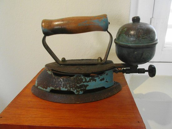 Historical Museum Fort Zoutman: a steam iron