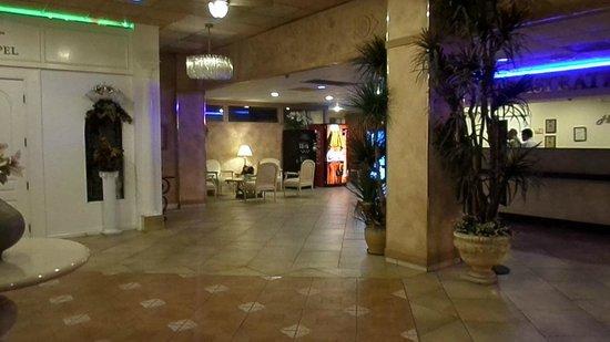 Shalimar Hotel of Las Vegas: Lobby