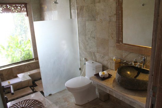 Puri Gangga Resort : Bathroom