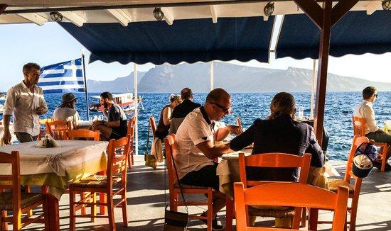 Taverna Katina: busy evening