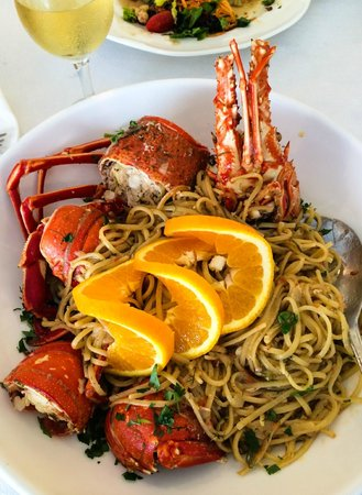 Sunset Ammoudi Taverna: Lobster Spaghetti for two plus