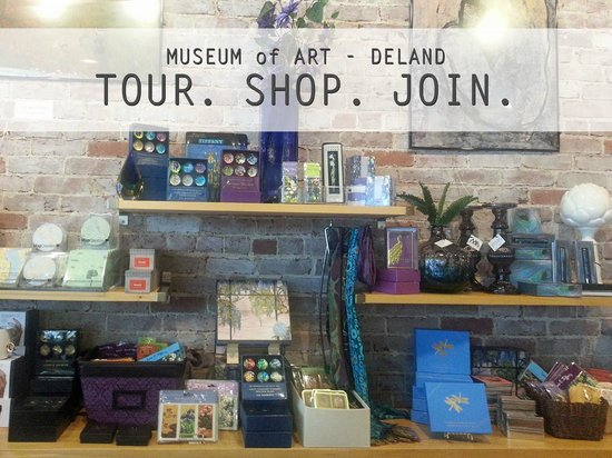 DeLand, Flórida: Two Museum Stores: Fine art prints, greeting cards, kitchen gadgets, children's gifts and more