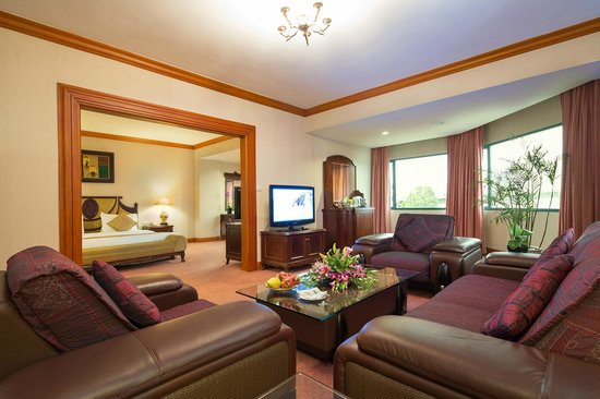Halong Plaza Hotel: Suite