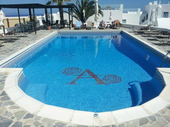 Aethrio Hotel : Pool