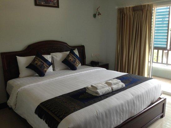 Aonang Silver Orchid Resort: Comfy Superior bed