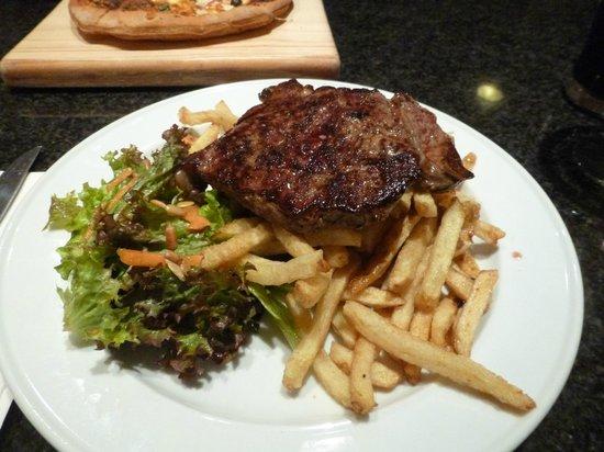 Porto Bello Bar & Grill : Rump Steak and fries $20 !!