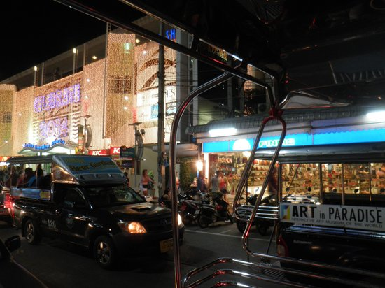 AVANI Pattaya Resort & Spa: ショッピングモール