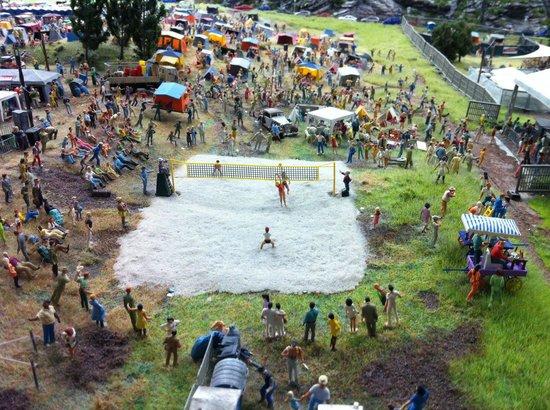 Miniatur Wunderland: Looks like real deal :)