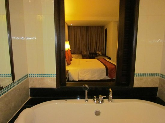 Patong Paragon Resort & Spa: Room