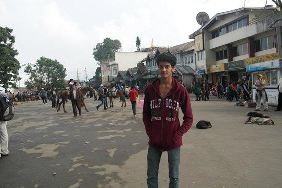 Chowrasta : Chowrastha