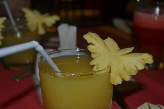 Karona Resort & Spa: Приятные дополнения к напиткам