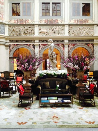 Four Seasons Hotel Firenze: The main lobby