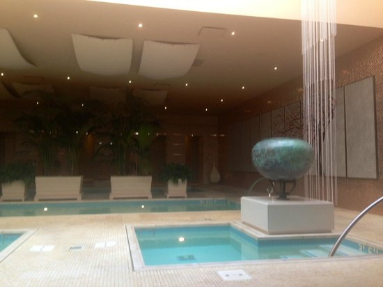 The Spa at Encore : The wet area of the men's spa.